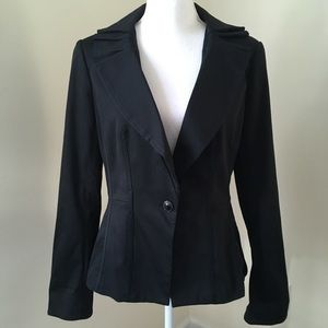 WHBM Black pleated Collar Blazer 8